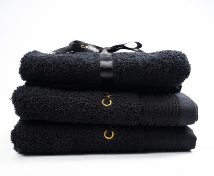 black towels gift